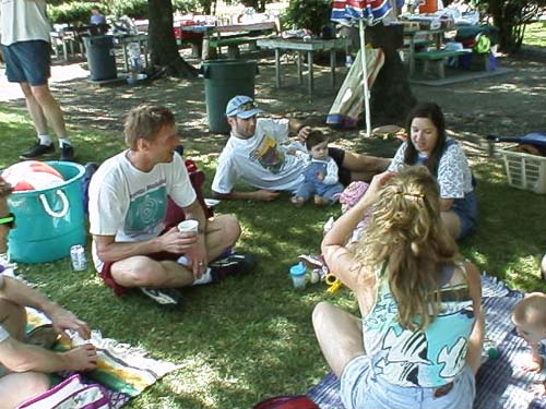 FieldDay-11.jpg (59733 bytes)