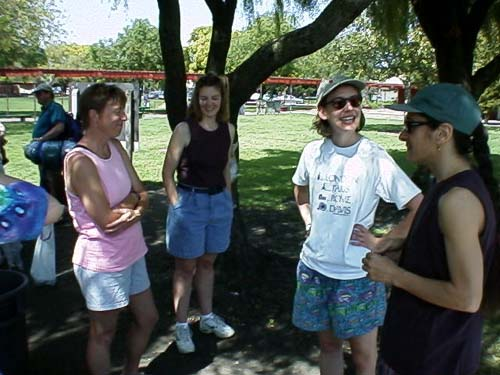 FieldDay99-10.jpg (47870 bytes)